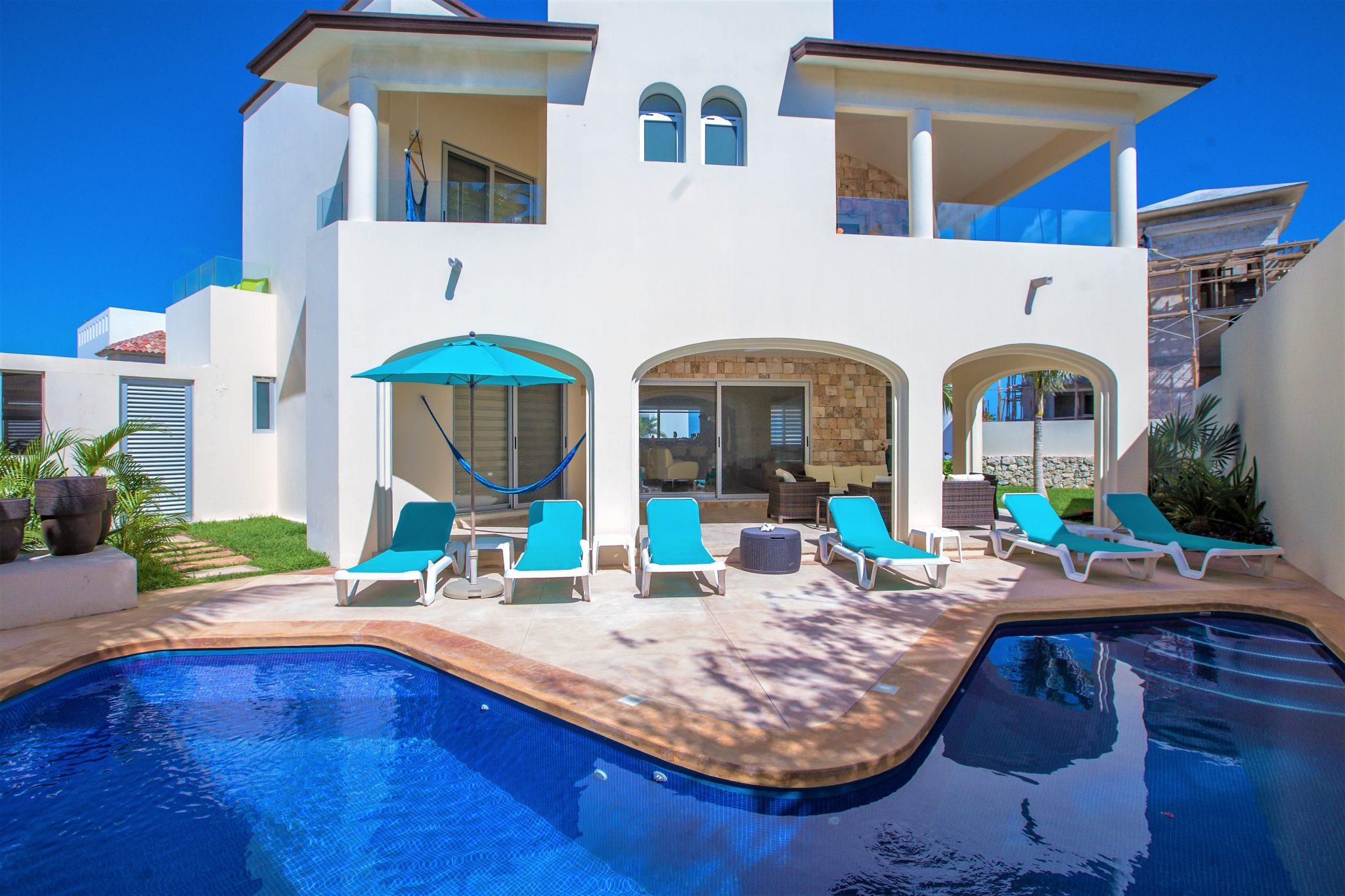 Casa Elegante luxury vacation rental home on Isla Mujeres